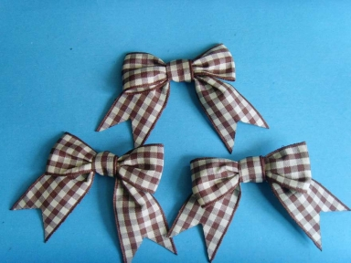 two colour plaid ribbon bows