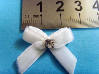 white velvet ribbon for bows