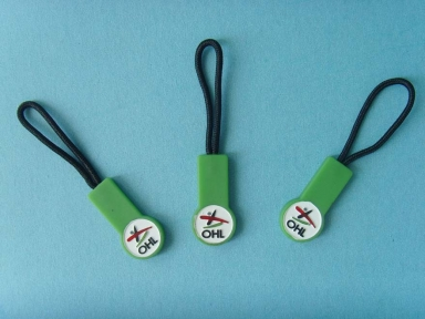 green rubber zipper puller with polyester string
